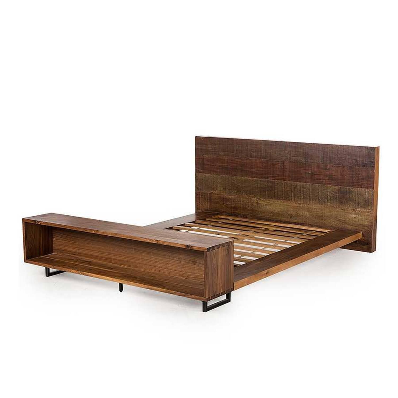 Кровать Atwood Queen 195