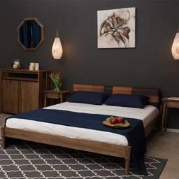Кровать из массива дерева ценных пород Katch Queen