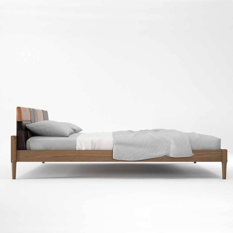Кровать из дерева ценных пород Katch King