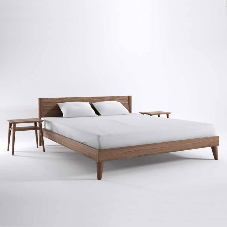 Кровать из дерева ценных пород Vintage King