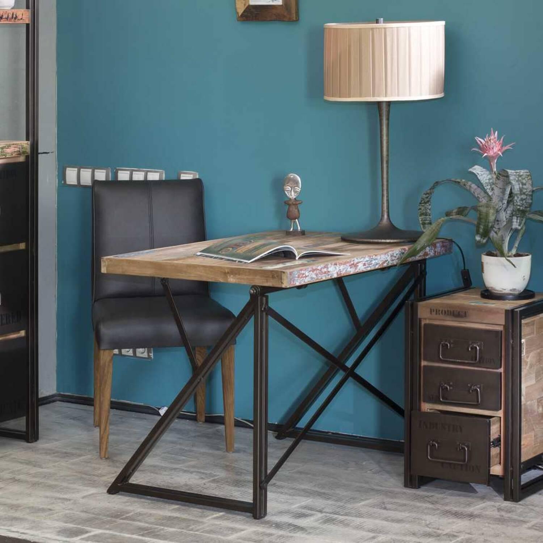 Письменный стол из массива дерева ценных пород Sebb 130