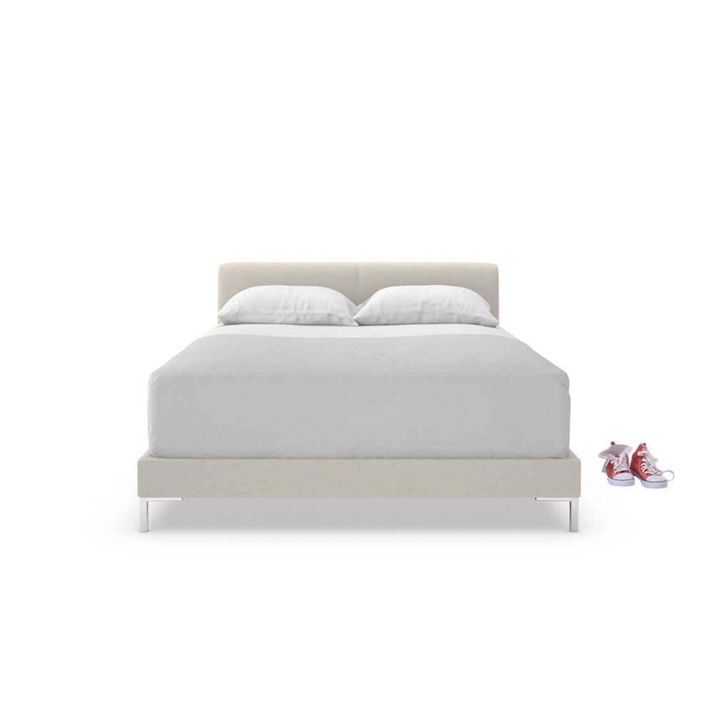 Кровать Chrome