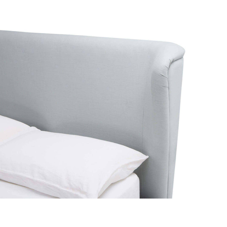 Стильная кровать Hugger