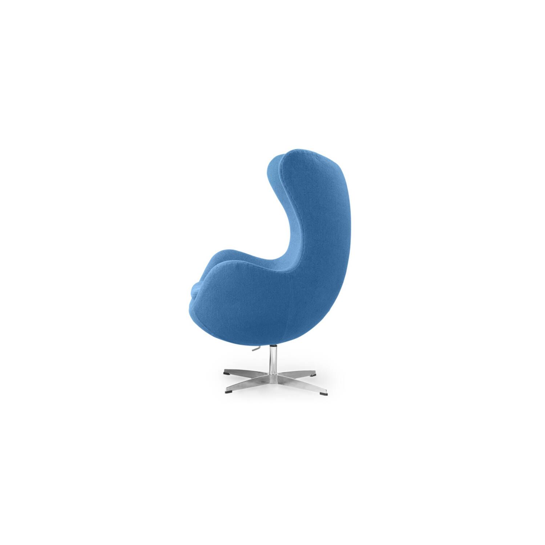Голубое кресло Egg