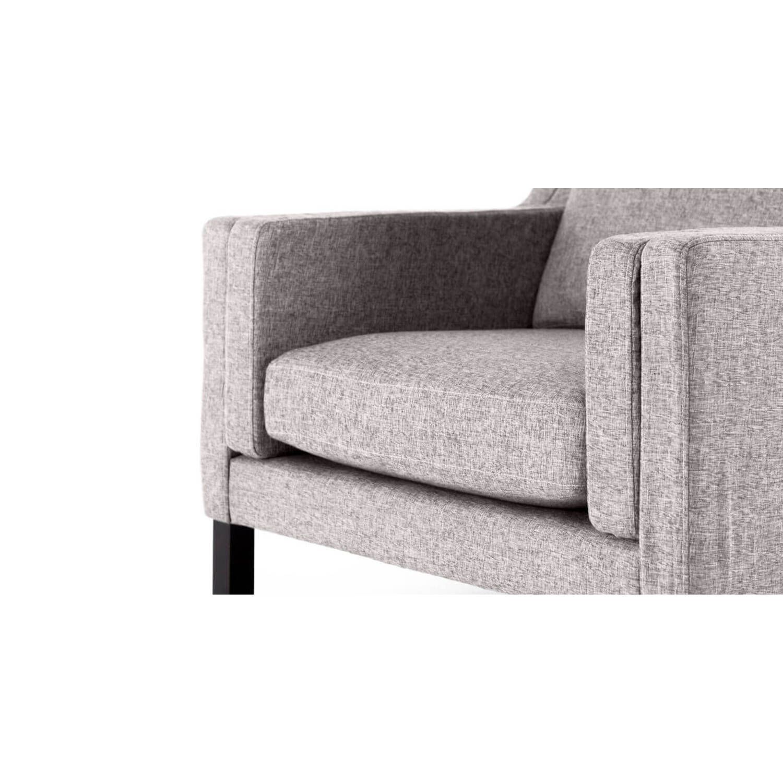 Светло-серое кресло Monroe, скандинавский стиль