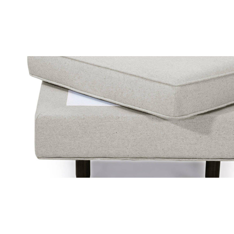 Дизайнерский светло-серый пуф Eleanor, в стиле классический модерн