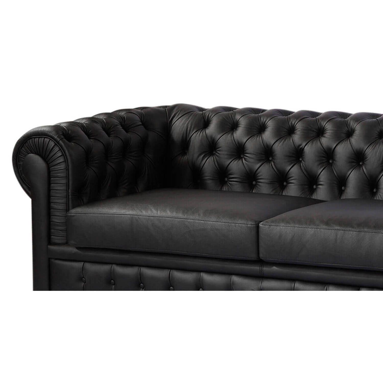 Черный диван Chesterfield, в английском классическом стиле