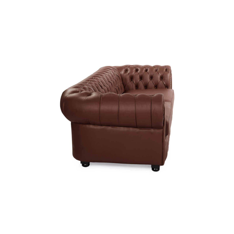 Коричневый диван Chesterfield, в английском классическом стиле
