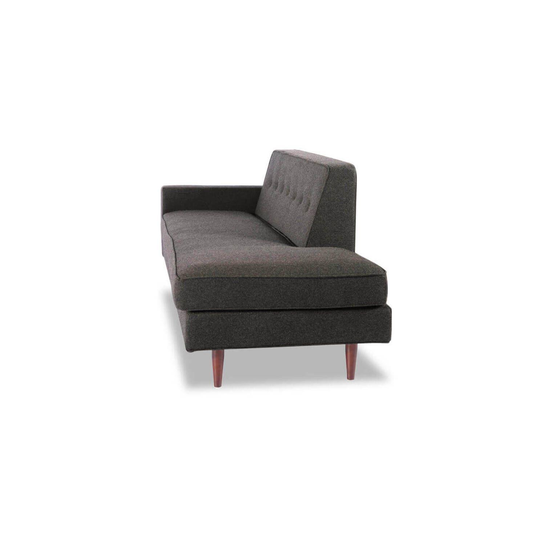 Прямой темно-серый диван тахта Eleanor.