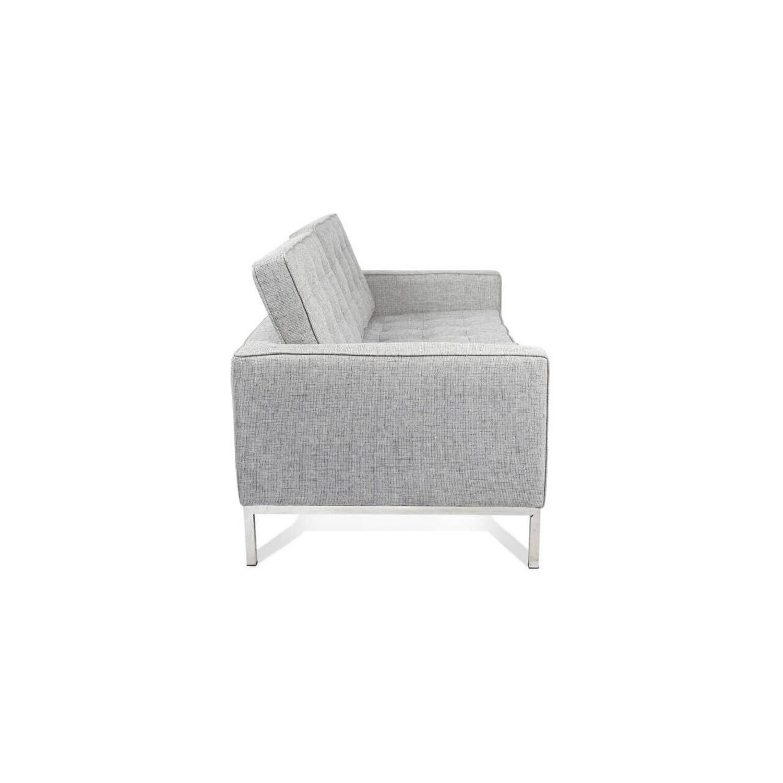 Светло-серый двухместный диван Florence, в стиле Классический модерн с элементами стиля Лофт.