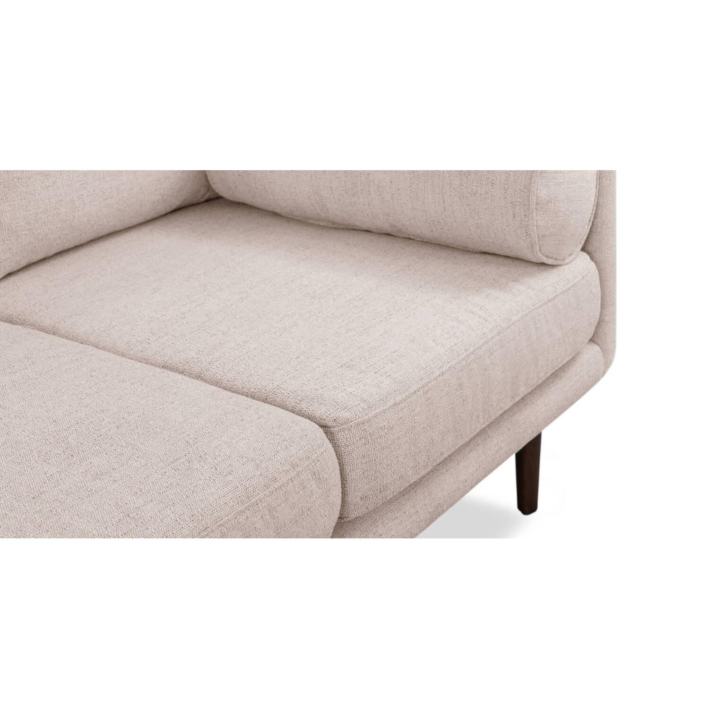 Прямой бежевый диван Spectre