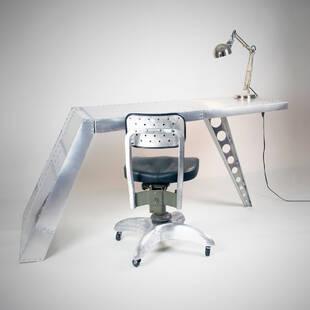 Стол Aviator airfoil desk