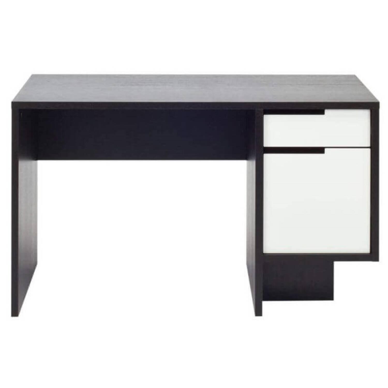 Письменный стол Design Office в современном стиле