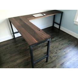 Угловой стол Dresden в стиле Лофт