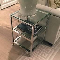 Стеклянный сервировочный столик Hulston