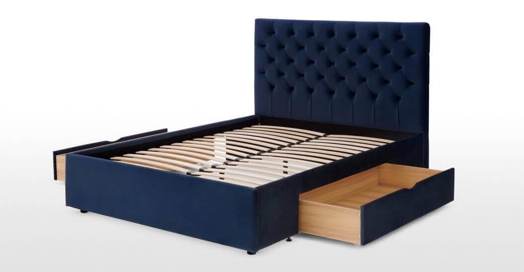 Стильная дизайнерская мягкая кровать Cory