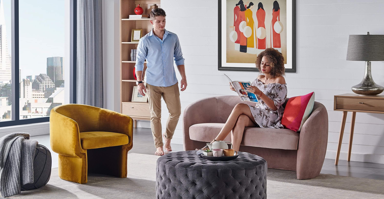 прямой синий диван Miranda, в современном стиле
