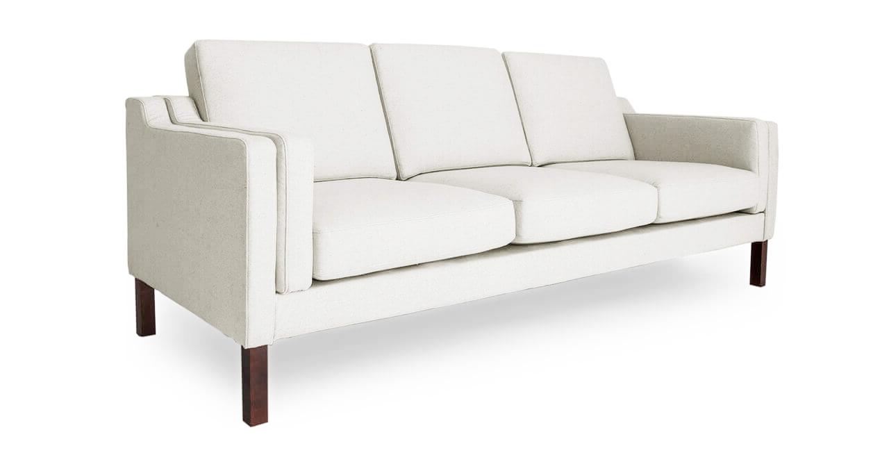 компактные диваны белого цвета